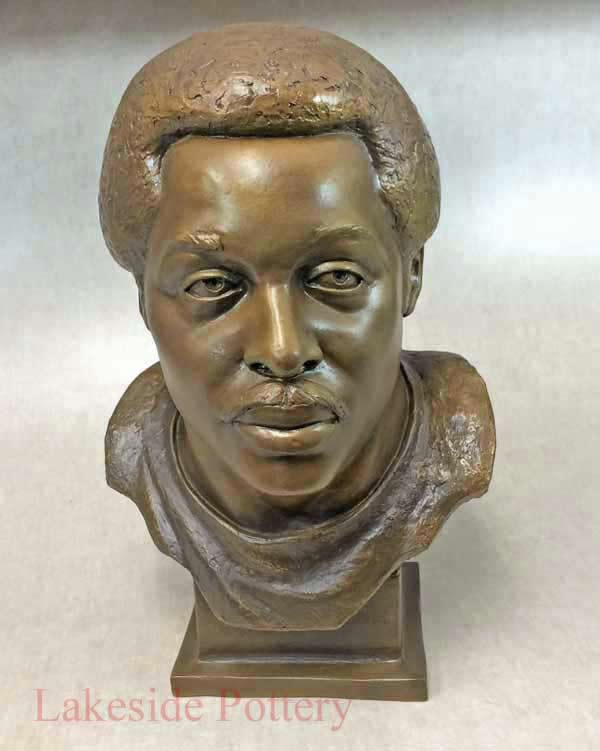 Deacon Jones Hall of Fame bust / statue restored