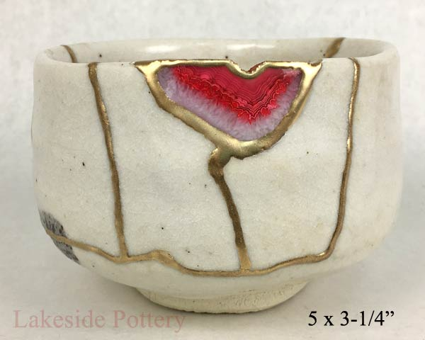 Japanese bowl with geode agate gemstone