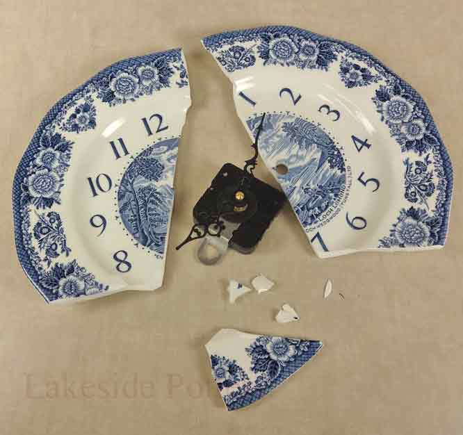 Broken Wedgewood ceramic plate /clock