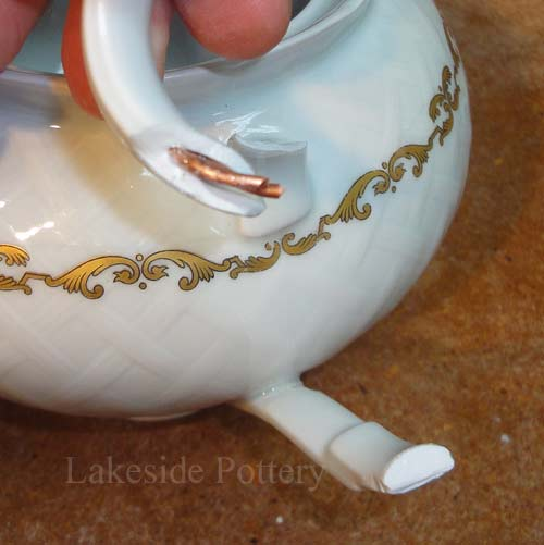 Limoge teapot - broken - french porcelain